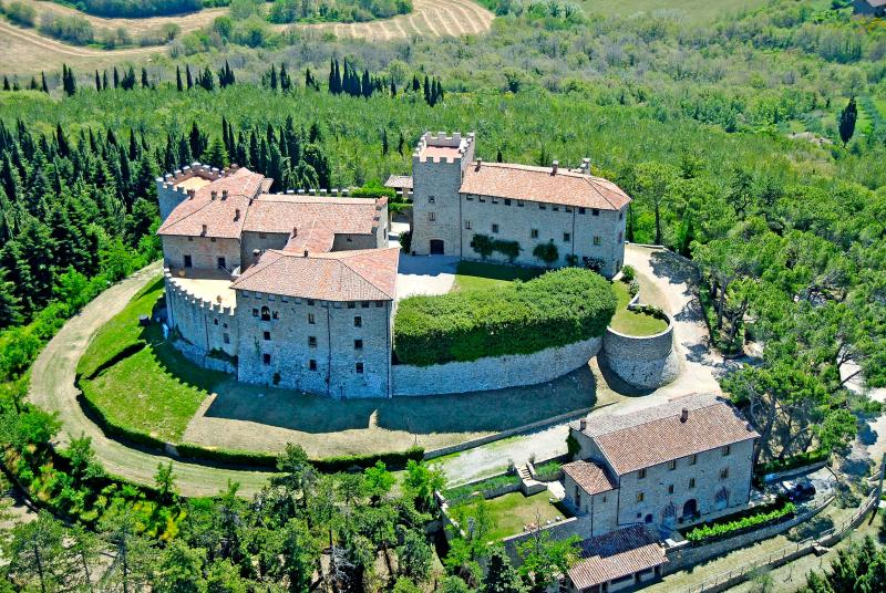 Castello di Montegiove, La Casetta, vacation rental in Montegabbione