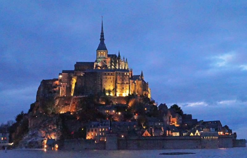 The Mont St Michel is only 45 minutes away by car.
