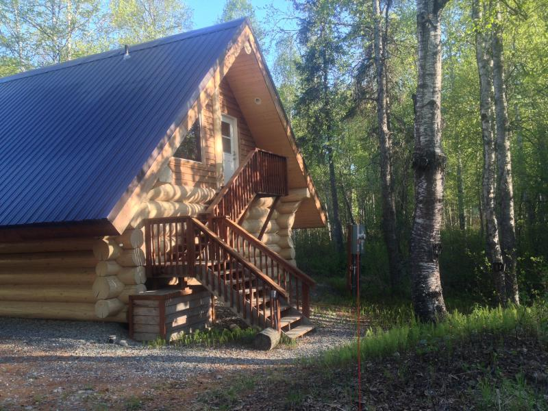 'The Loft' Cabin w/  Tree-top View, Downtown Area, alquiler vacacional en Trapper Creek