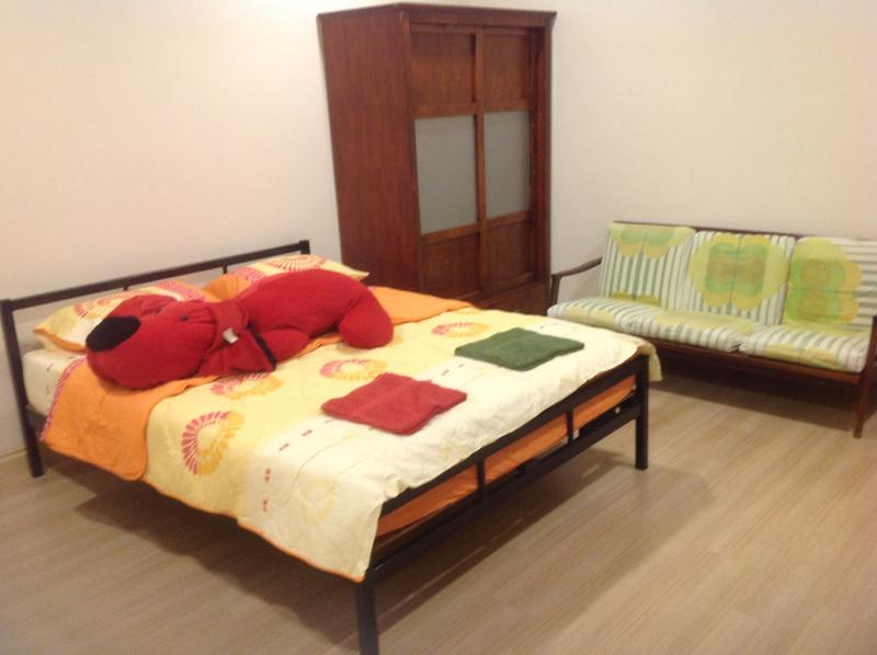 Private Gated & Guarded 24/7 secured property, holiday rental in Shah Alam