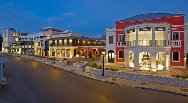 Limegrove: Gucci, Louis Vuittoun, TAG, Armani, Cartier, Mont Blanc, M.A.C, Bars coffee and much more
