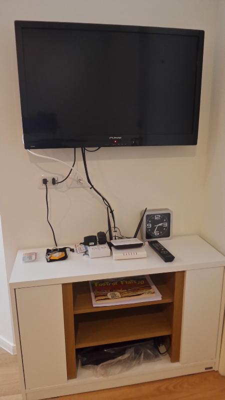 TV, Internet Wifi, DVD Player