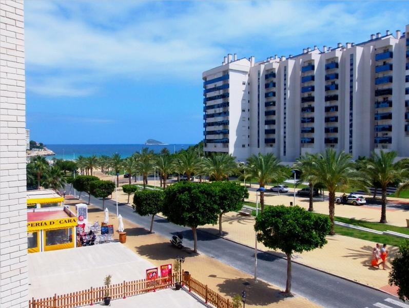 Gemelos 24. Benidorm bright condo,seaside, sea view  2bed2bth, location de vacances à Villajoyosa