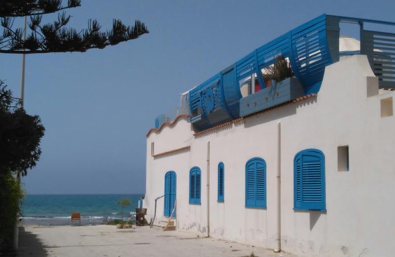 Casa La Ciura { Terrazza sul mare con Yurte }, vakantiewoning in Santa Croce Camerina