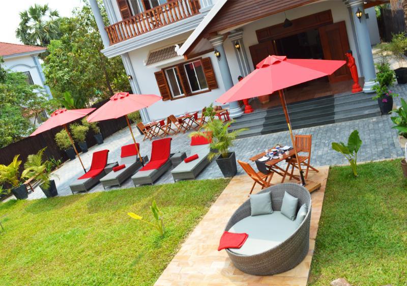 Villa b. Angkor Maison d'Hôtes private room, location de vacances à Sueydongkorn