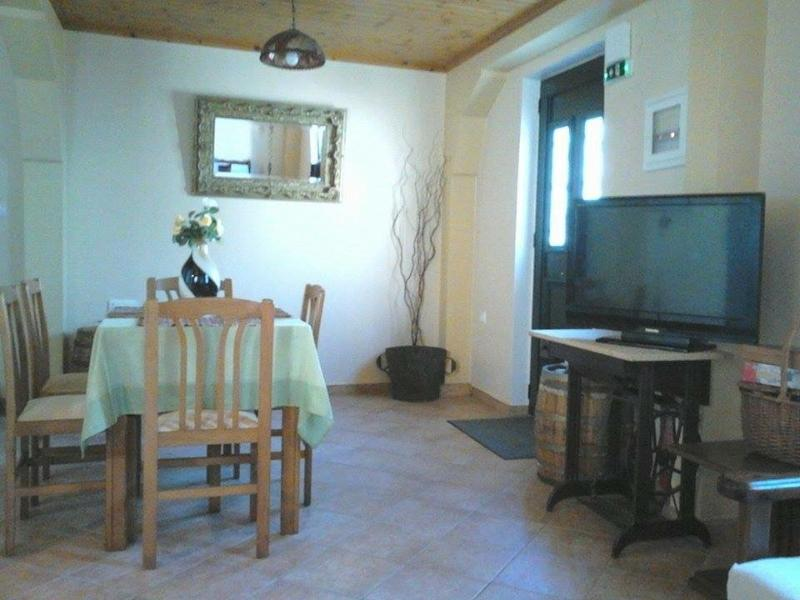 Hellenes house - central Lefkada town, holiday rental in Lefkada Town
