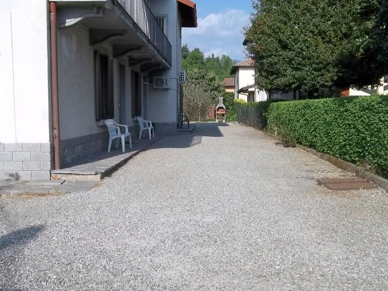 Bed and Breakfast dei Laghi-the courtyard