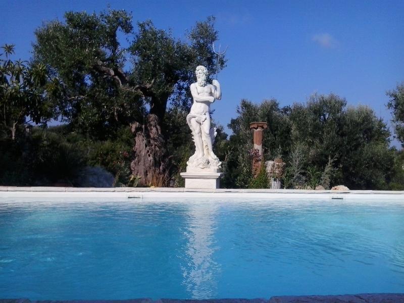 Masseria Landolina - vacanza in Puglia, vacation rental in Castellana Grotte