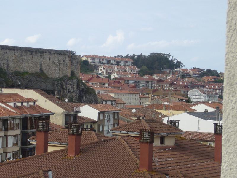 APARTAMENTO SAN VICENTE CENTRICO, vacation rental in San Vicente de la Barquera