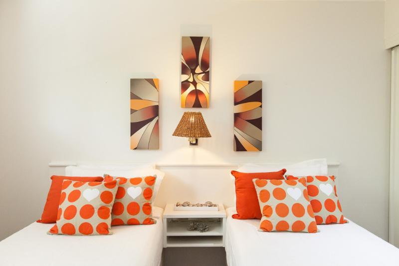 2nd Bedroom Singles ot King Bed