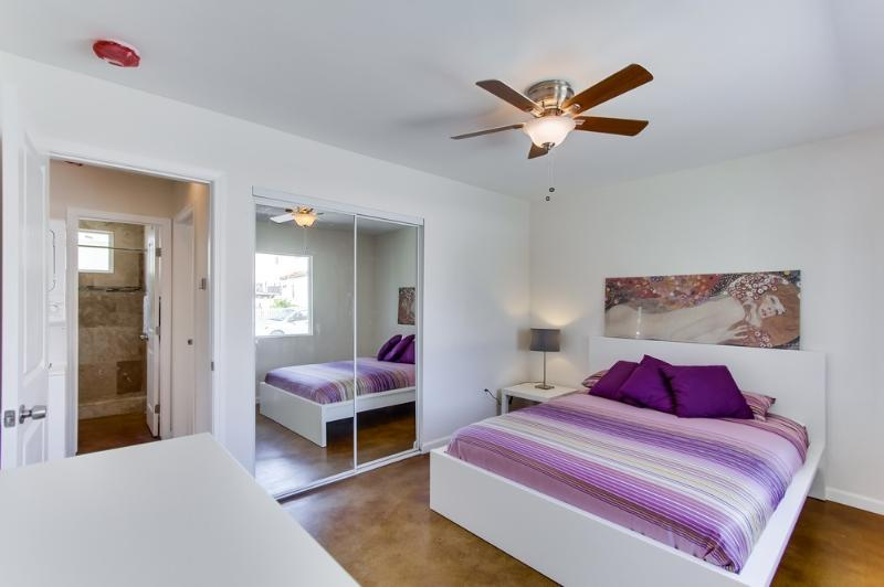 Sunset Cliffs Cottage, vacation rental in San Diego