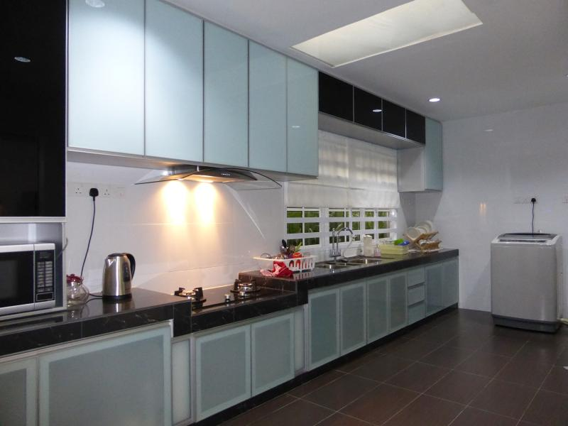Kitchen equipped with appliances for simple cooking