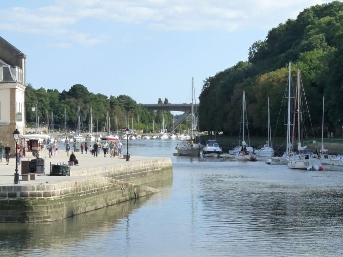 Jugon-Les-Lacs - Leisure Lake with Full Range of Water sports, Fishing, Beach, Windsurfing, Sailing