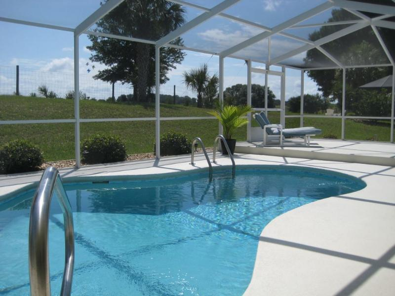 Great Golf Villa with private pool, alquiler de vacaciones en Hernando