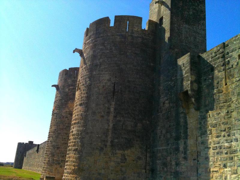 Die Stadtmauern Aigues Mortes