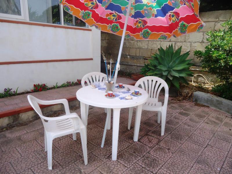 villa STELLA MARINA, aluguéis de temporada em Calabernardo