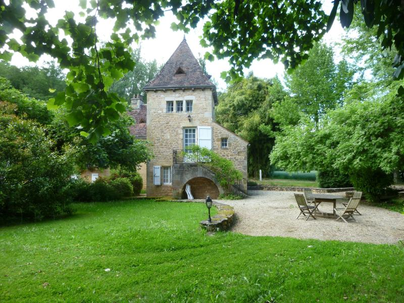 GITE DE CHARME 4/6 pers - MOULIN - PERIGORD NOIR, vacation rental in Grolejac