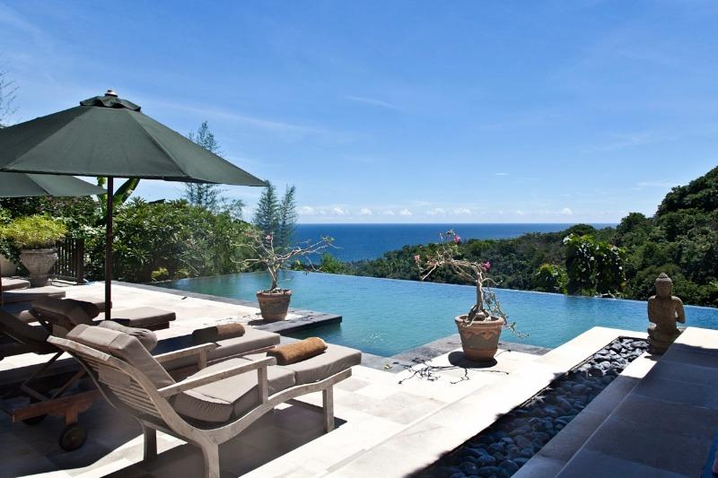 Villa Bayu: Fabulous luxurious Villa with Staff!, holiday rental in Lovina Beach