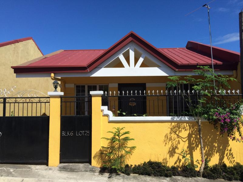 KONDO'S RESIDENCE Guest House, vacation rental in Laguna Province