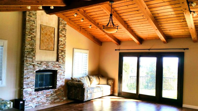 Luxury Fallbrook home with amazing mountain view, holiday rental in Pauma Valley