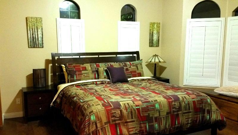 King bed in bedroom #2
