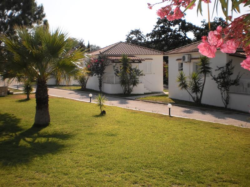 Dimitris Village3, aluguéis de temporada em Spartia