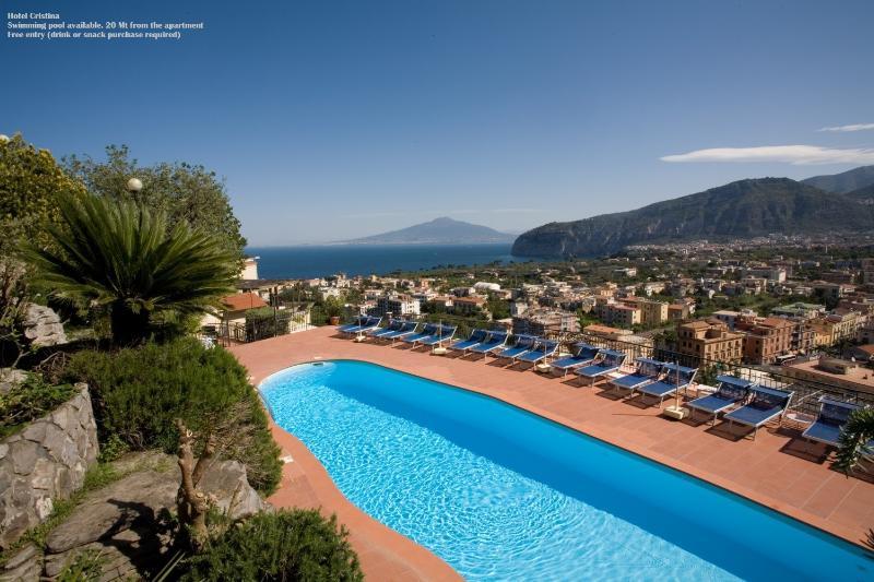 Hotel Cristina Swimming pool