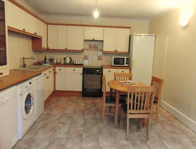 Downstairs kitchen /diner.