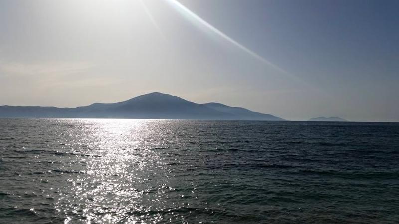 vue du balcon de la péninsule de karaburun