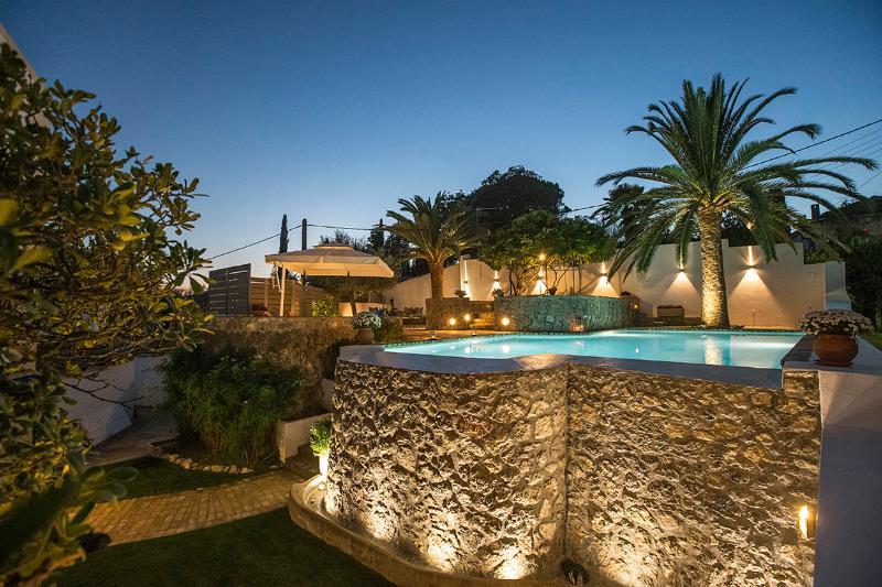 Lovely Mansion next to Corfu Town, aluguéis de temporada em Kompitsi