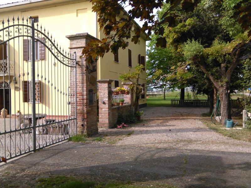 RELAX, vacation rental in Quistello
