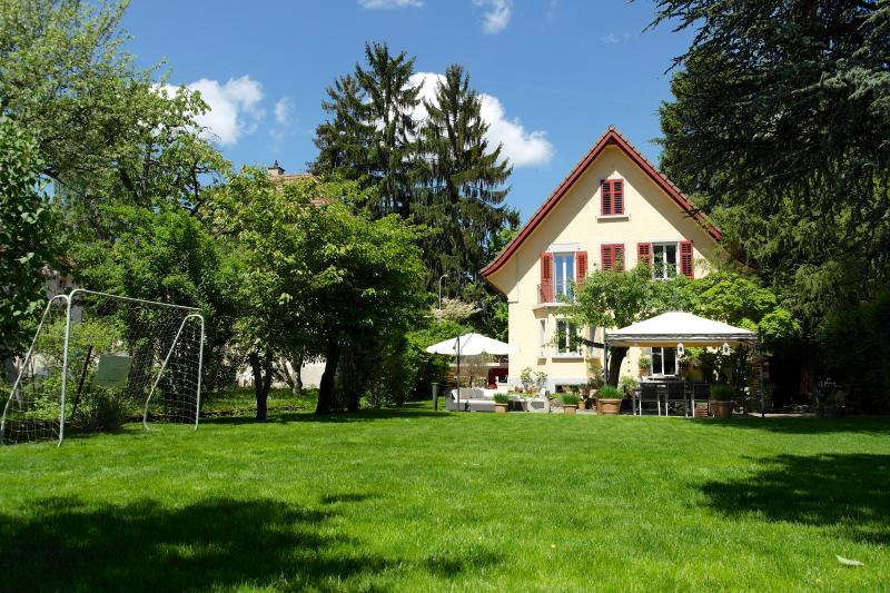 Dreamfully house in the heart of Switzerland, Ferienwohnung in Egerkingen
