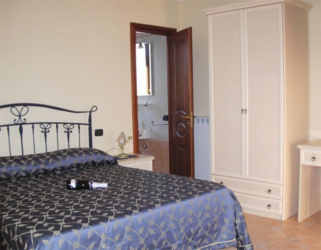 Double Room-Double Room