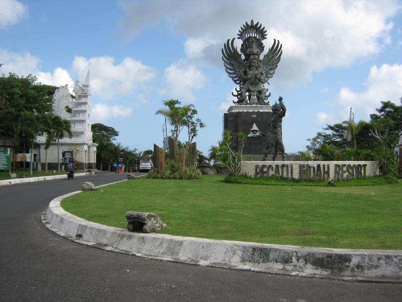villa 4 New Kuta /Dreamland/Pecatu Indah Resort, holiday rental in Jimbaran