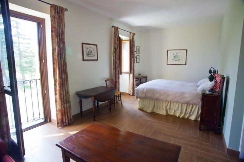 Piedmont Farmhouse B&B, Italy, location de vacances à Pontetto