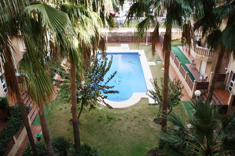 Common Garden & out door Swimming pool. Open all year around