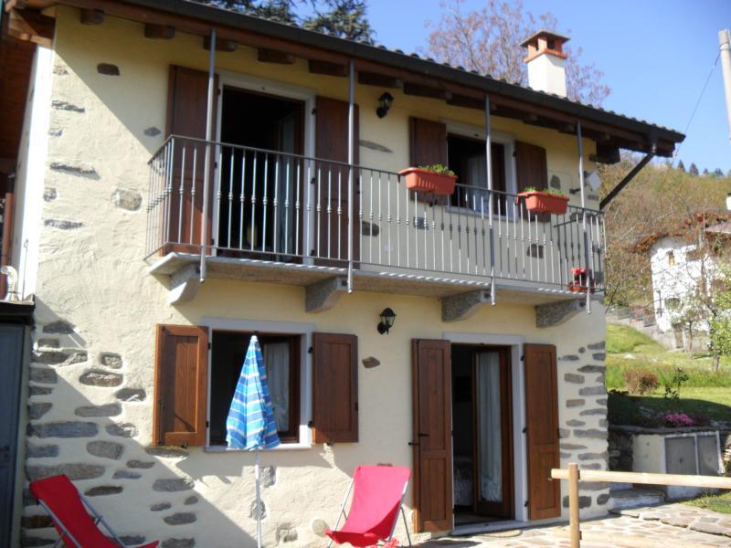 graziosissima casetta, holiday rental in Miazzina