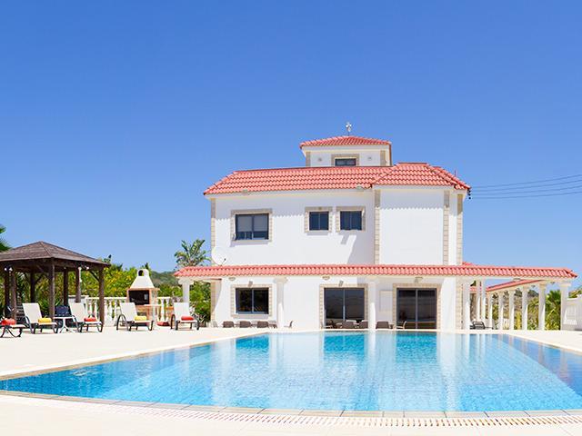 12m x 6m Swimming Pool
