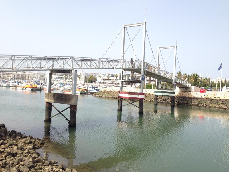 Centre town Lagos bridge to Marina (20 minute walk from condo)