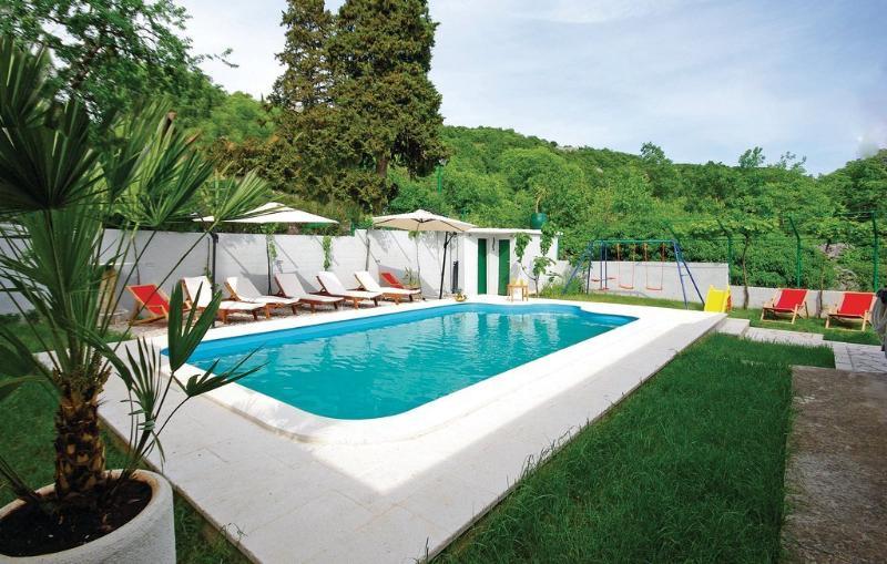 Holiday Home Zezevica, vacation rental in Split