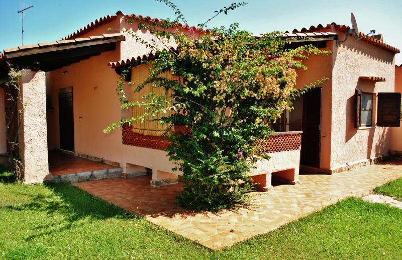 Casa 'Pineta' - Case vacanza 'Riviera dei Pini', alquiler de vacaciones en Budoni