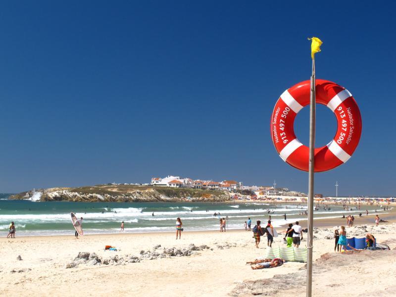 Baleal, Cantinho Da Baia closest beach.