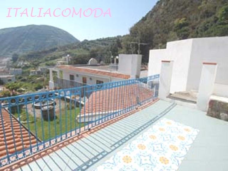 Casa Vacanza ITALIACOMODA - Lipari a 250 mt dal mare frazione di Canneto, holiday rental in Panarea