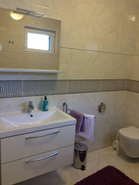 House Rose, vacation rental in Privlaka