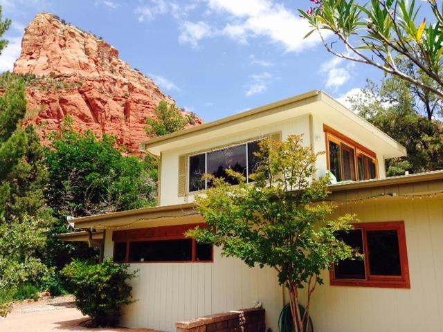Professor's mid century modern magic in the vortex, vacation rental in Sedona