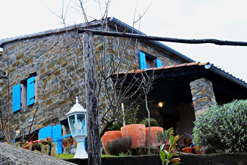 HOUSE COCCOLA, Istrian paradise in nature, location de vacances à Krbune