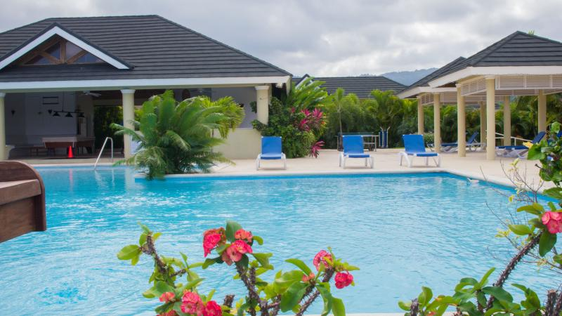 Jaca Paradise Villa at The Palms Ocho Rios St. Ann, vacation rental in Ocho Rios