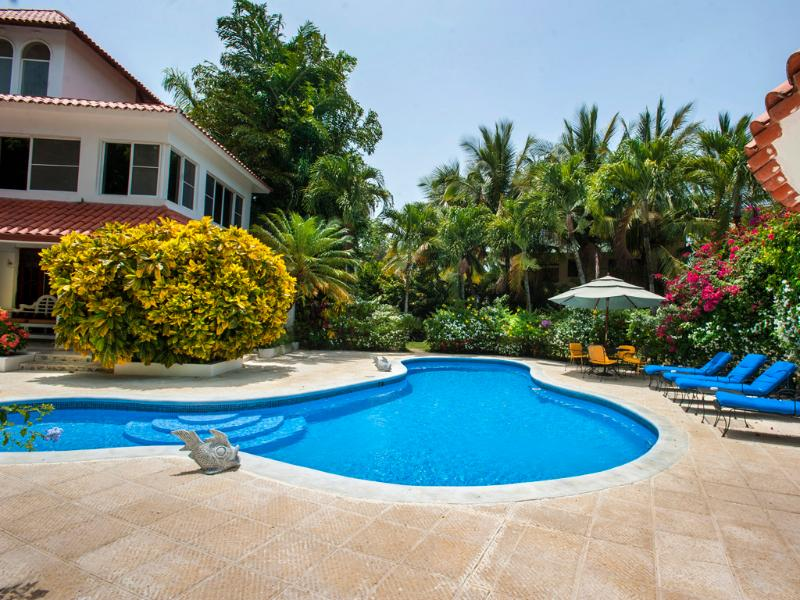 Sosua Bachelor Party 9 Bedrooms Mansion Downtown PRICE MATCH, vacation rental in Sosua
