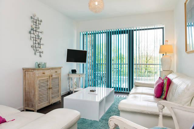 Wheel Water Apartment, holiday rental in Carlyon Bay
