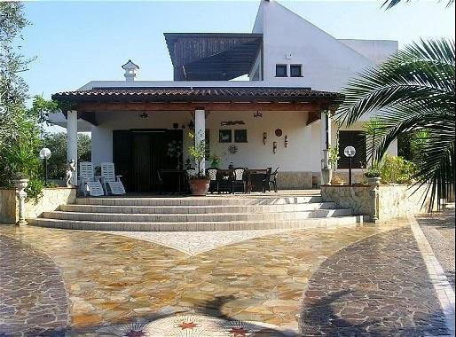 Great Villa with pool